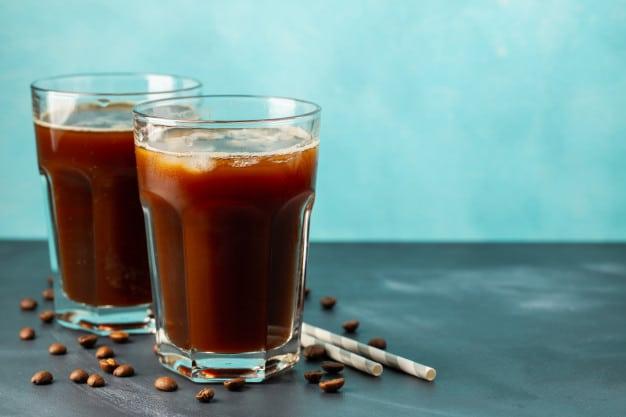 กาแฟ cold brew ใส่น้ำแข็ง